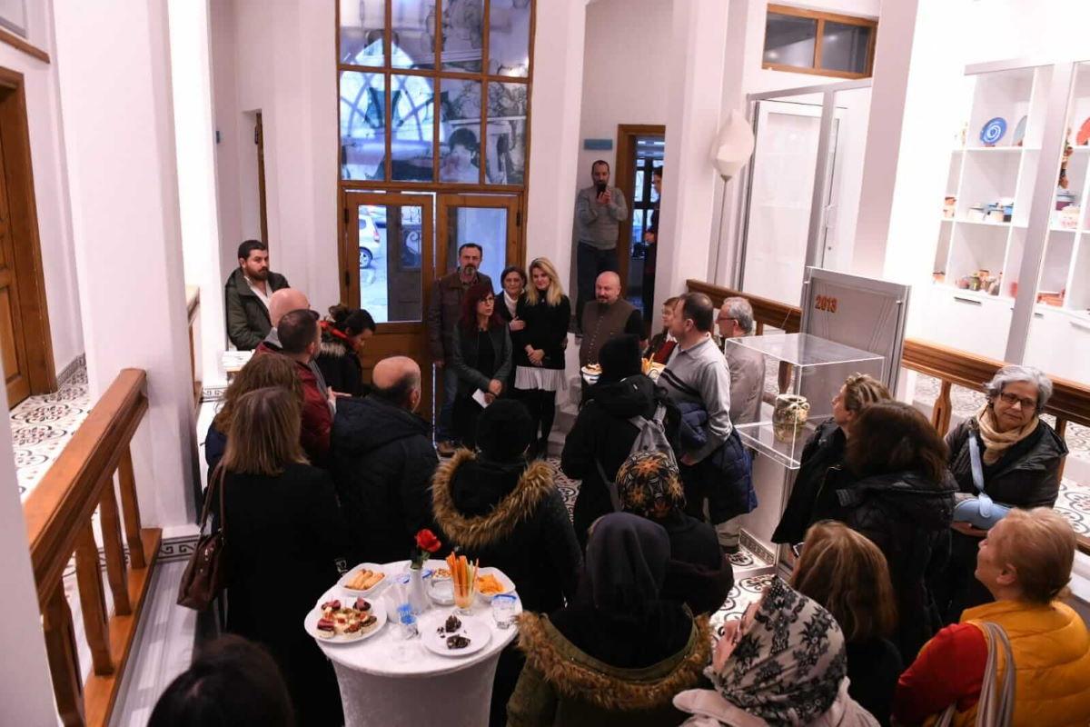 Çatlak Sergisi Çanakkale Seramik Müzesi 'nde Açıldı